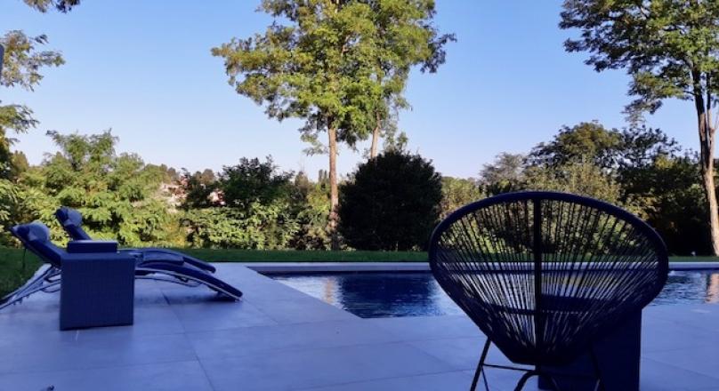 Vendu - Exclusivité - St Cyr au Mont d'or - Superbe maison de 270 m² avec vue dégagée sur magnifique terrain de 1500 m²
