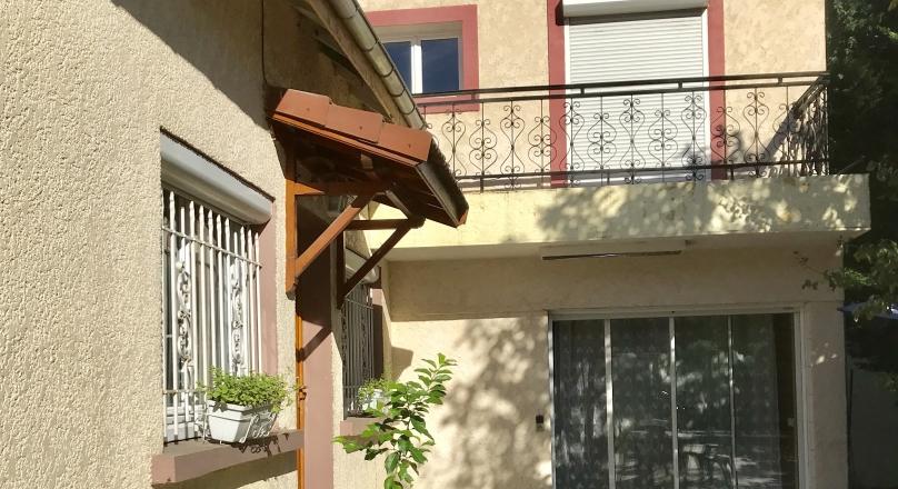 Vendu - Villeurbanne - Maison familiale de 175m² terrain 500m²