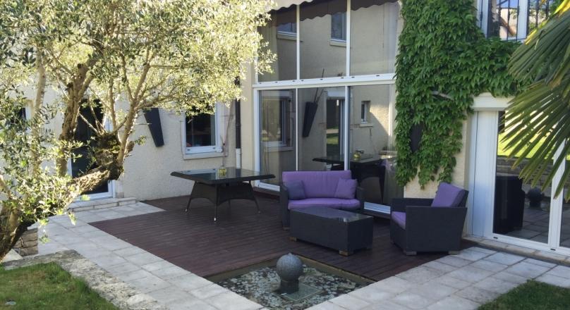 Loué - Rillieux Vancia - Maison 210m² Terrain 300m²