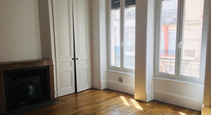 Lyon 06 - Beau T2 ancien de 50 m²
