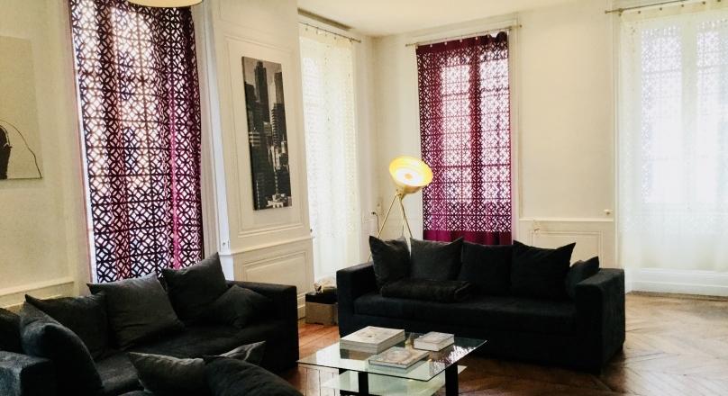 Sous compromis - Exclusivité - Lyon 2 - Coeur Presqu'île superbe appartement 66m²