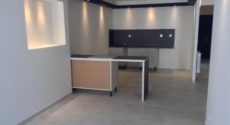 Loué - Neuville sur Saône centre - T3 rénové de 75 m²