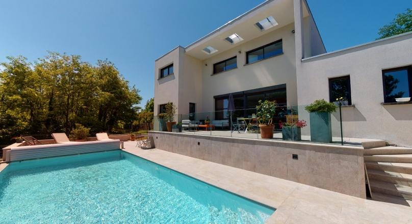 Sous offre - Collonges au Mont d'or - Superbe maison contemporaine de 200 m²