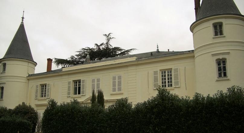 Loué - Collonges au mont d'or - T7 de 240 m² avec terrasse