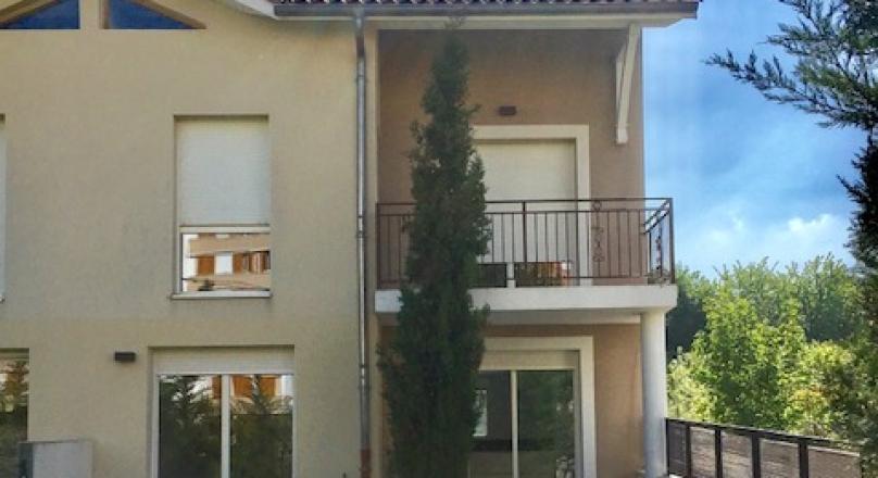 Loué - Collonges au Mont d'or - Villa de 140 m² avec terrasses et jardin