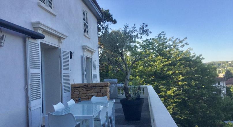 Vendu - Exclusivité - Collonges au Mont d'or - Splendide appartement 90m² + terrasse 50m²