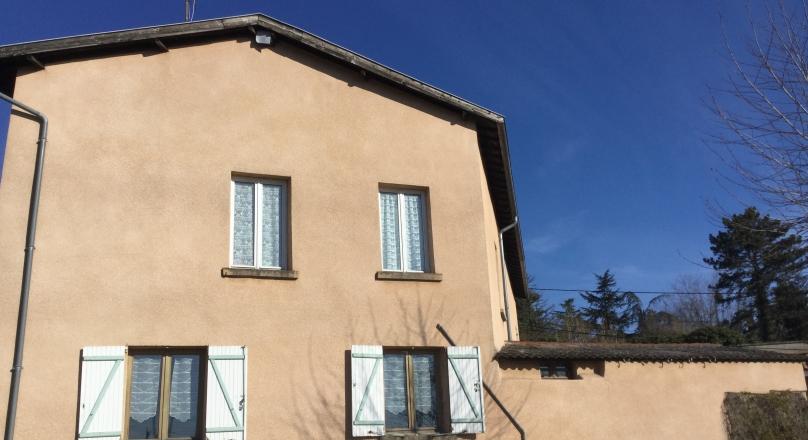 St Germain au Mont d'or - Maison 300m² plus dépendances sur un terrain de 2560m²