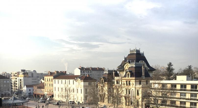 Loué - Lyon 3 Monplaisir - T2 de 45 m² avec balcon et parking