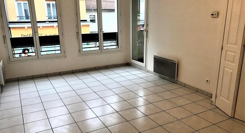 Loué - Villeurbanne Maisons neuves - T2 récent de 48 avec garage